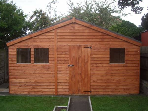 Large apex garden shed made by west lancs sheds for Garden shed large